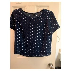 Navy and white polka dot Forever 21 top. Size S.